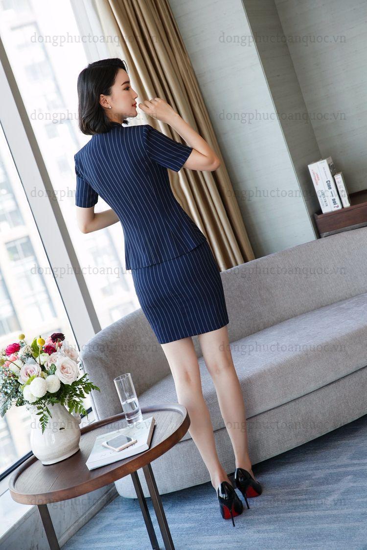 Đồng phục áo vest Nữ 74