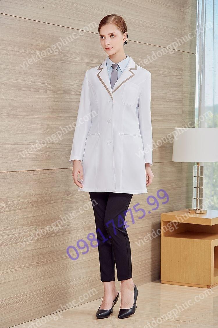 Mẫu áo choàng bác sĩ đẹp, chất lượng cao, giá cả cạnh tranh