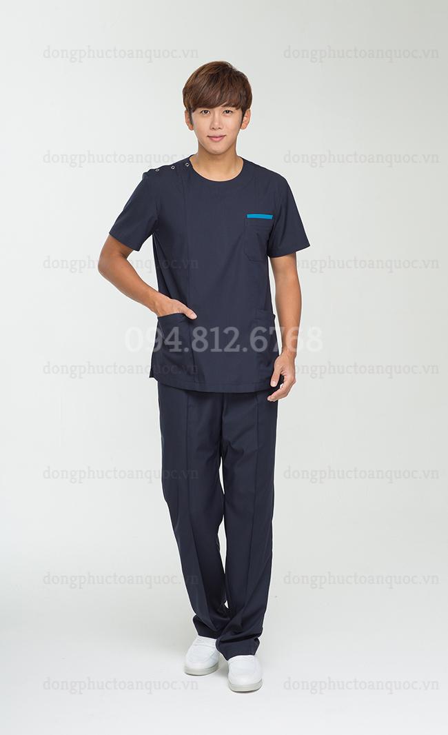 """Mẫu đồng phục điều dưỡng """"độc nhất vô nhị"""" với thiết kế vô cùng độc đáo 35g"""